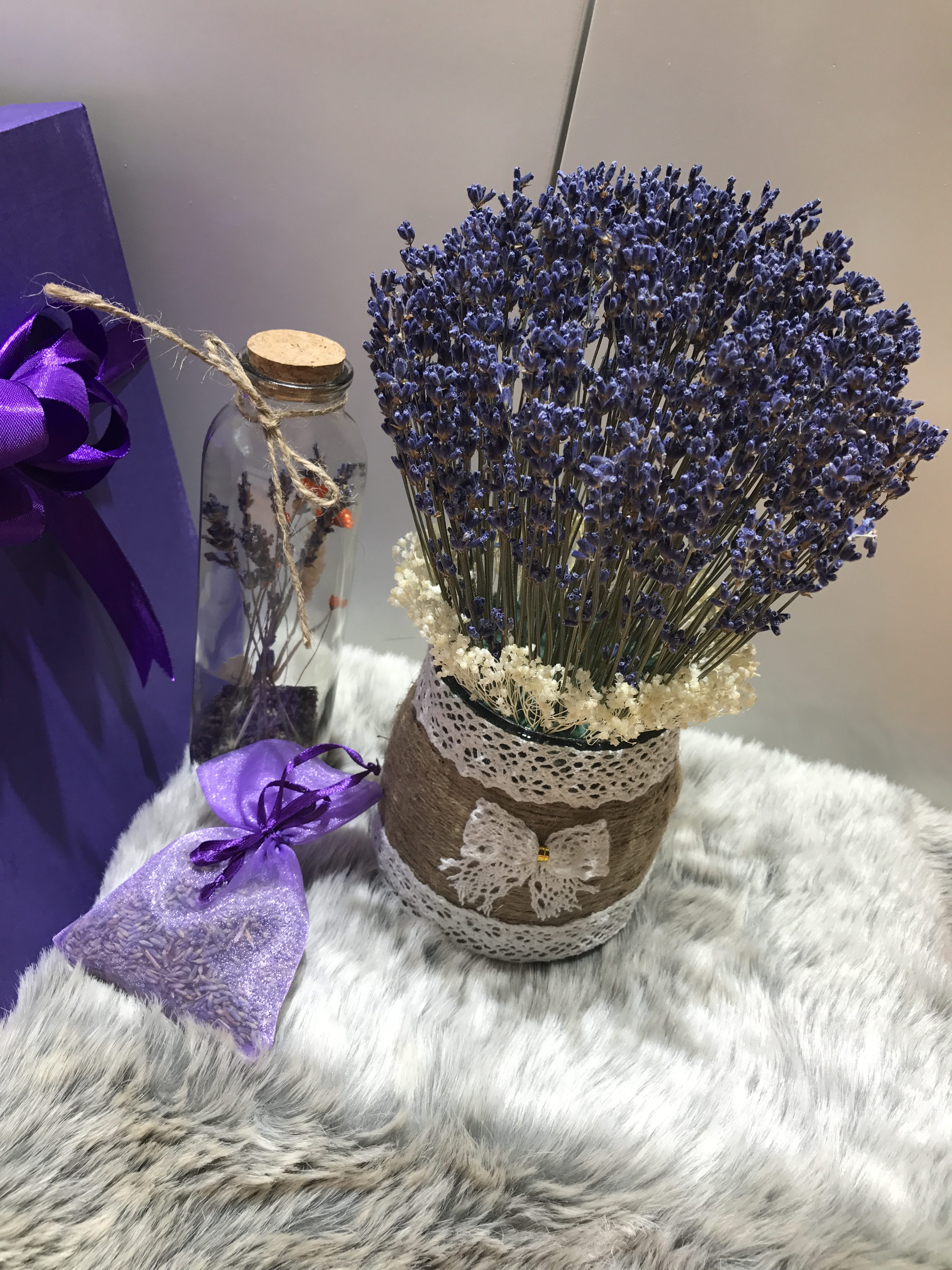 hoa lavender khô Pháp
