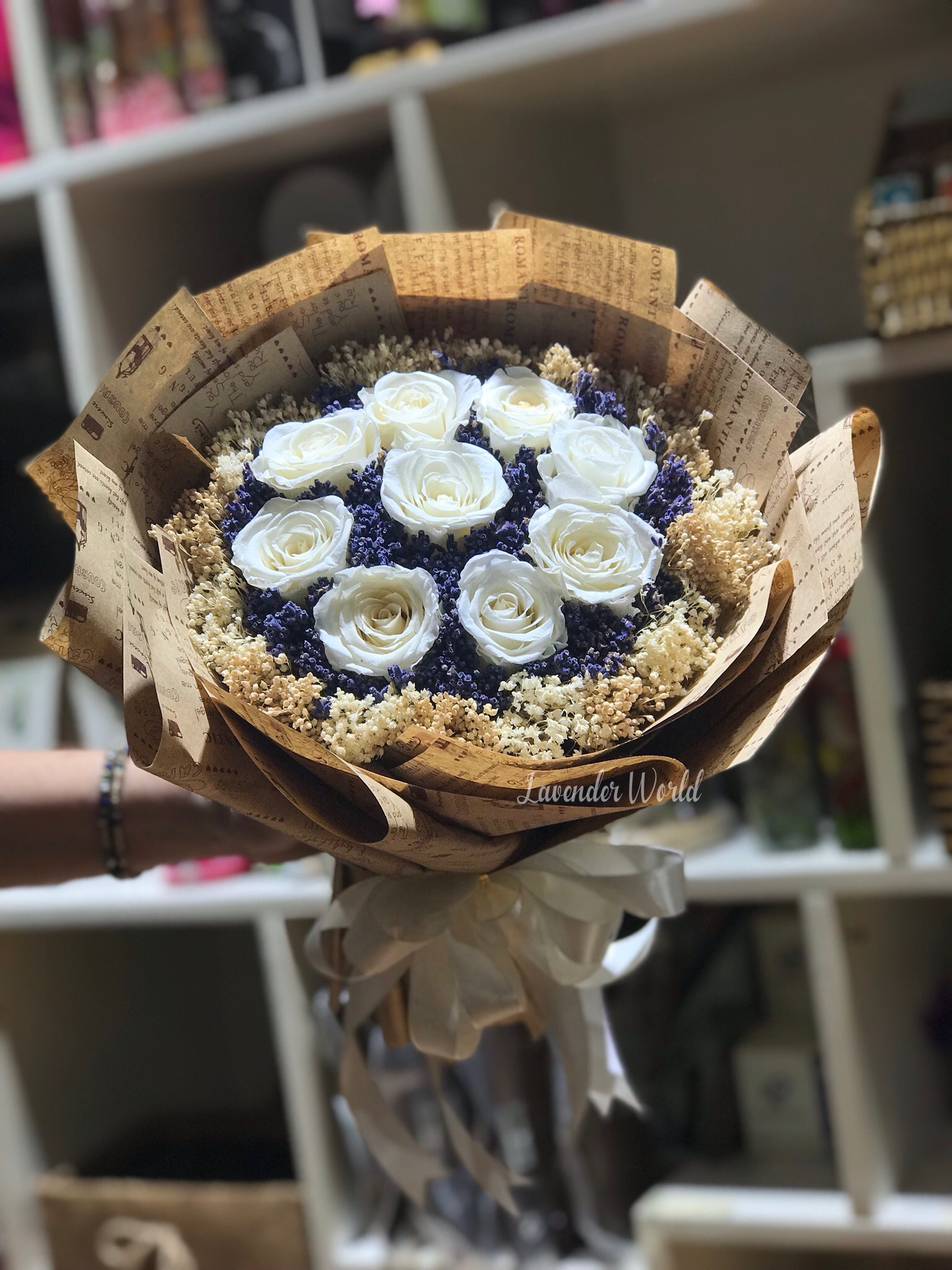 bo hoa lavender va 9 hoa hong vinh cuu